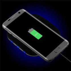Qi pad de chargement mobile...